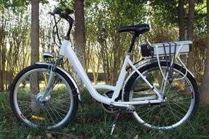 Side view of white Jurni model bike